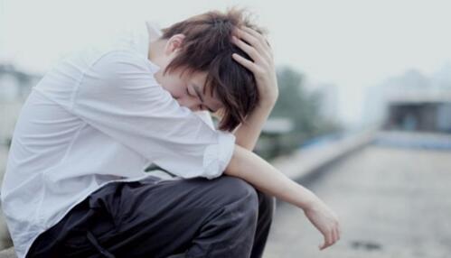 女朋友不信任我很累怎么办?如何重建信任